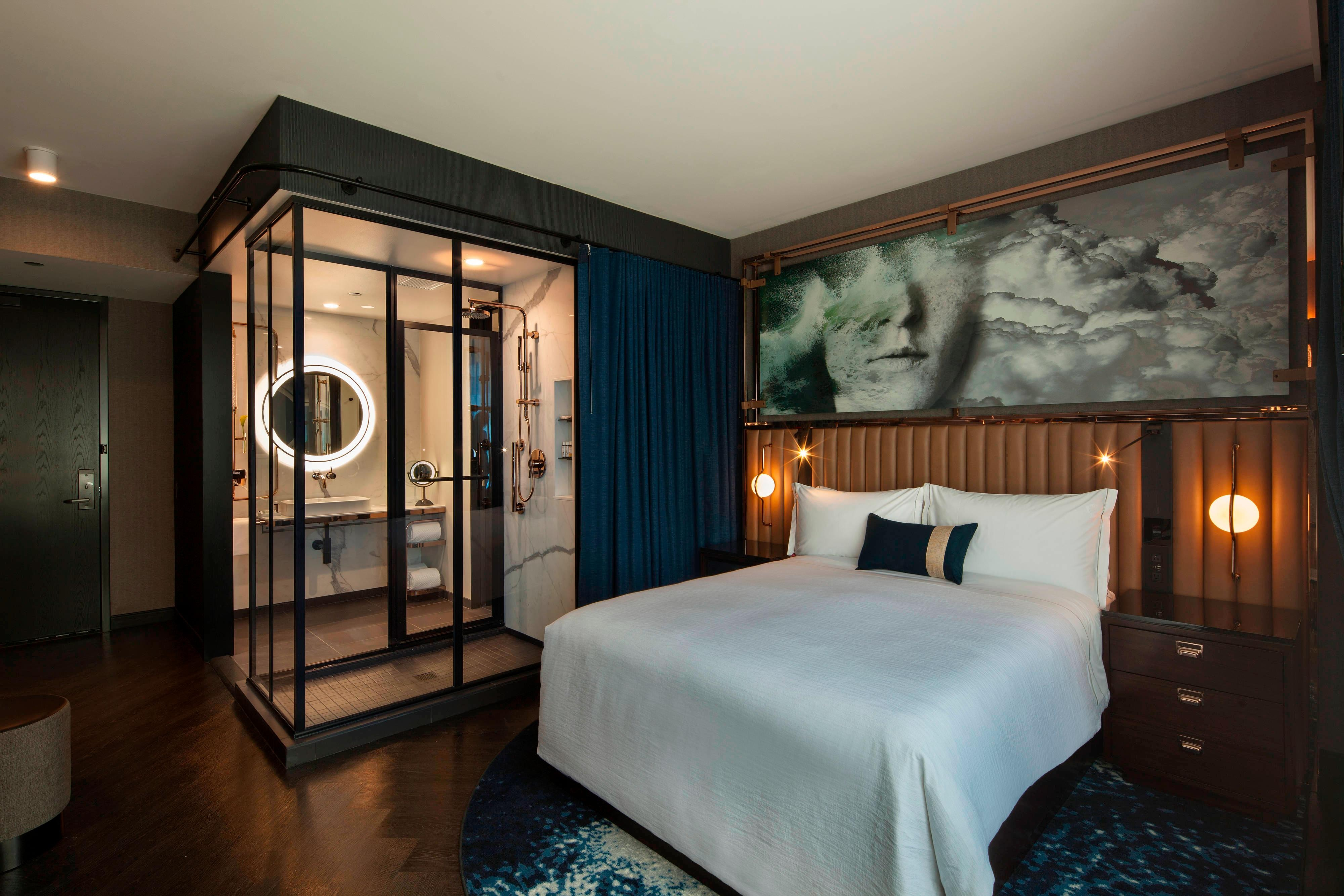 Boutique hotels in chicago illinois hotel emc2 for Top boutique hotels in chicago