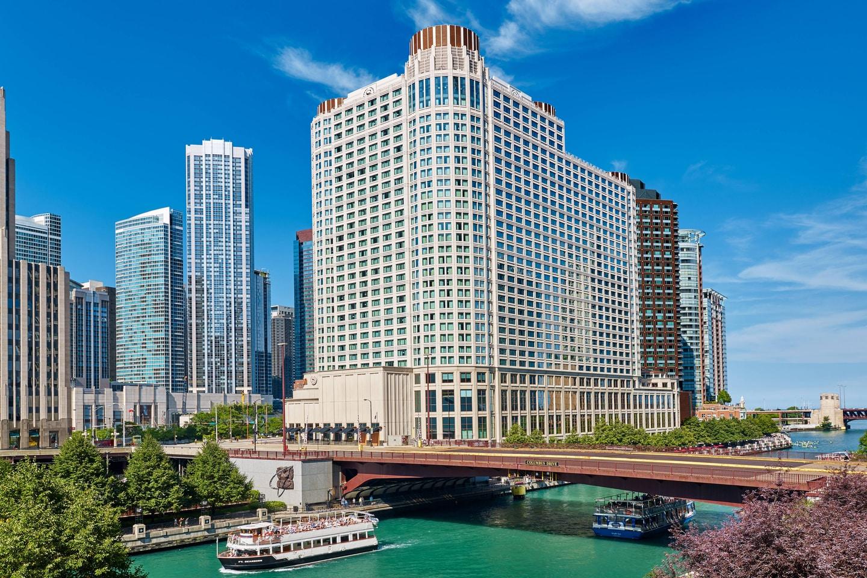 Exterior Chicago River