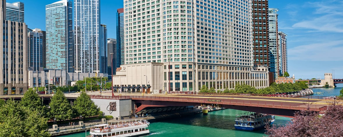Exterior Chicago River