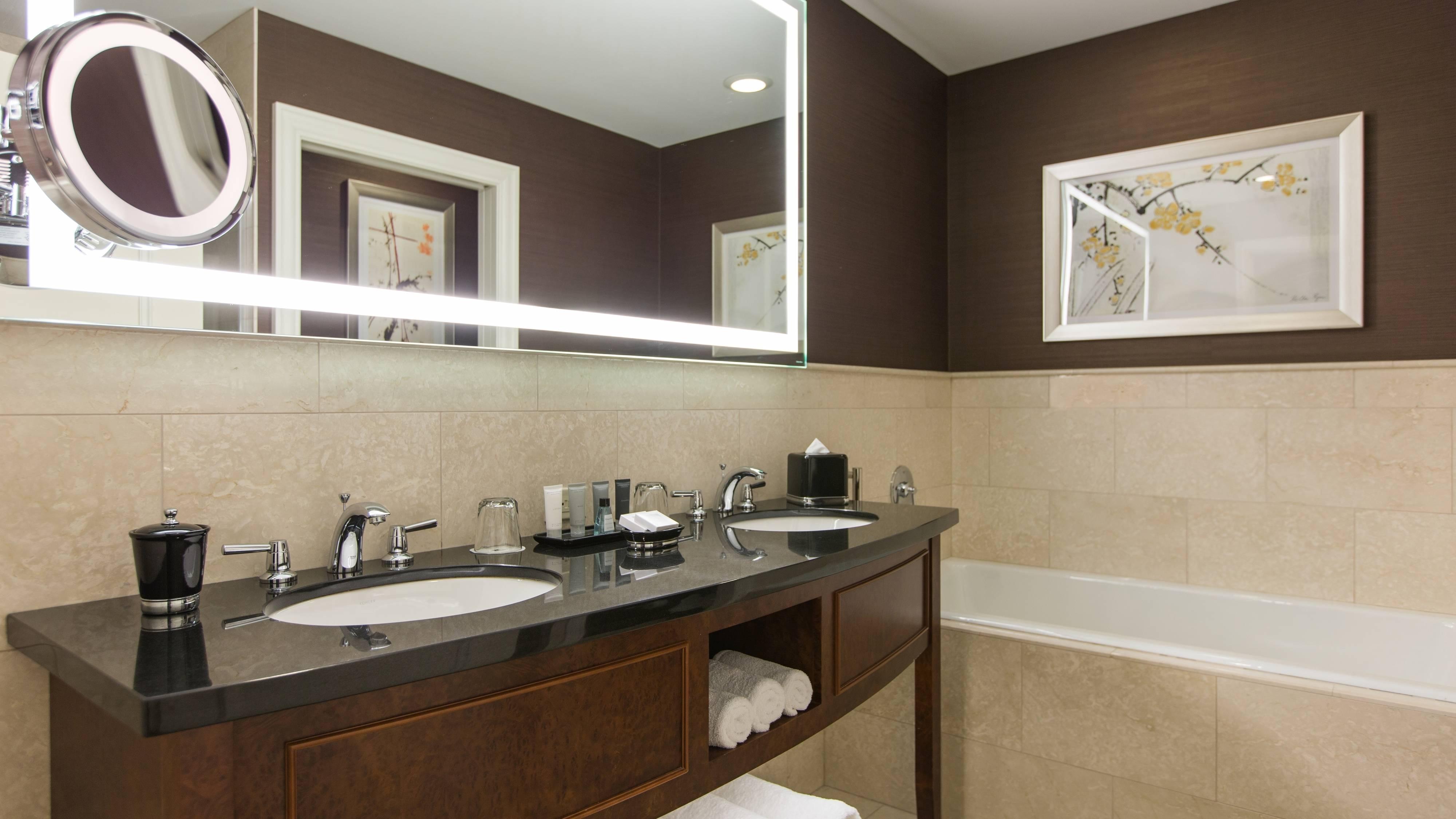 Baño de la habitación del hotel en Chicago