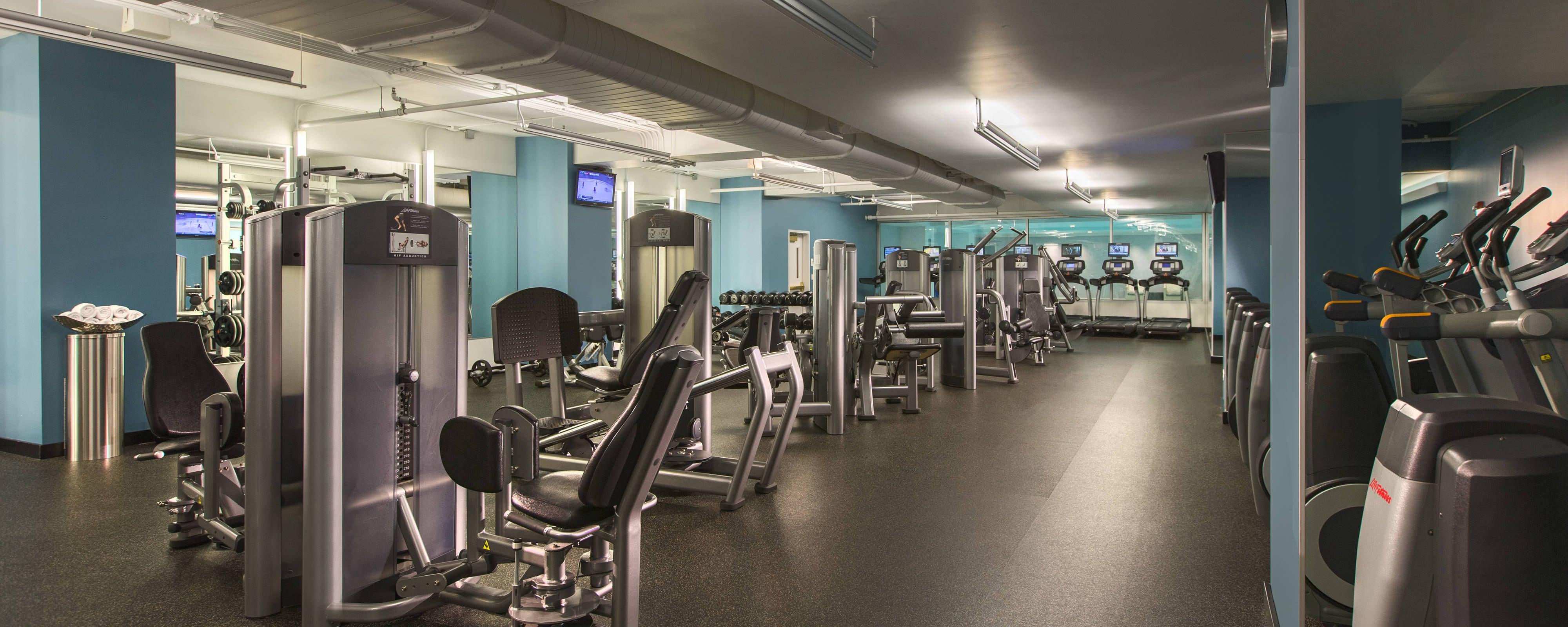 Chicago hotel gym fitness center jw marriott chicago