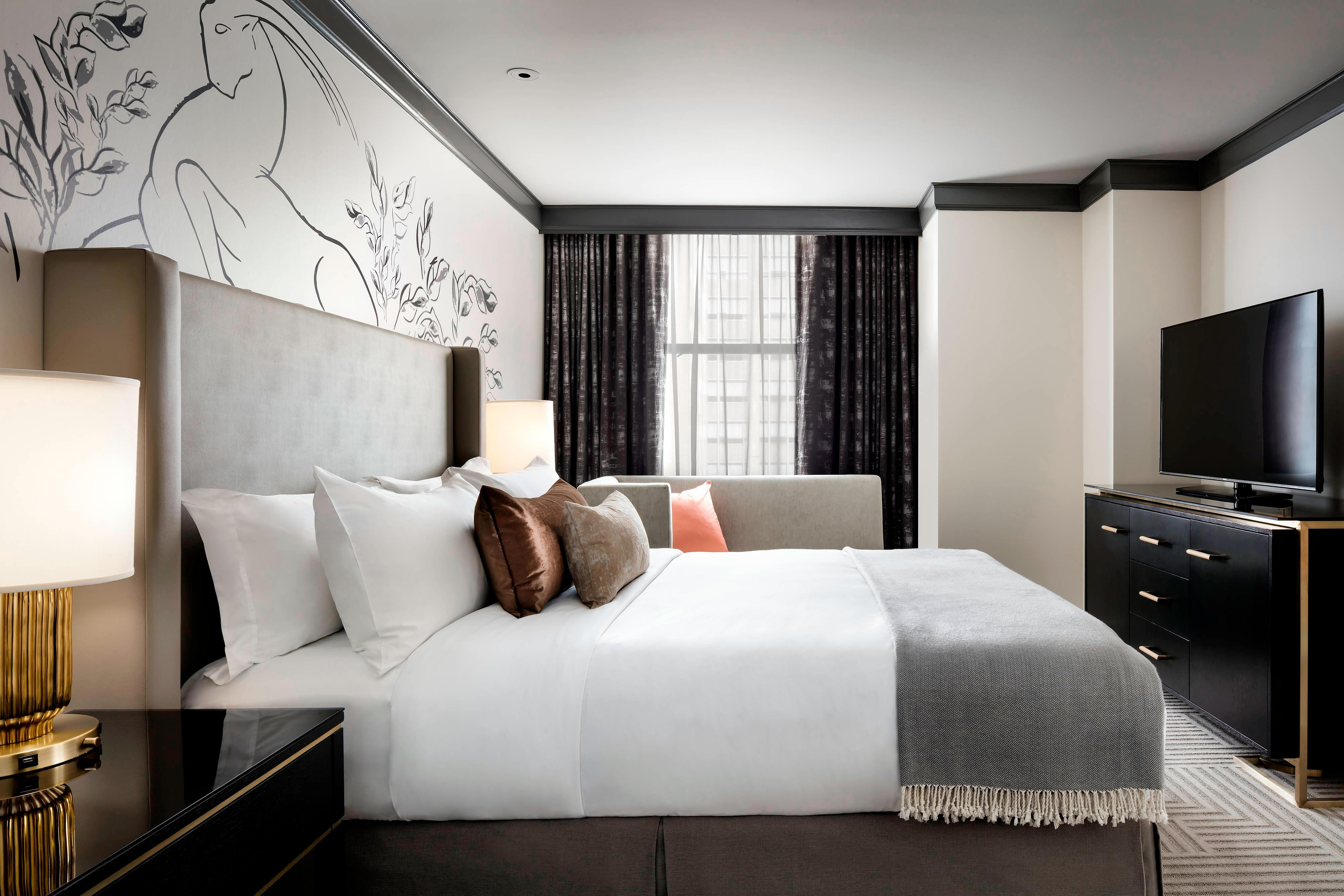 Superior Suite - King Guest Room