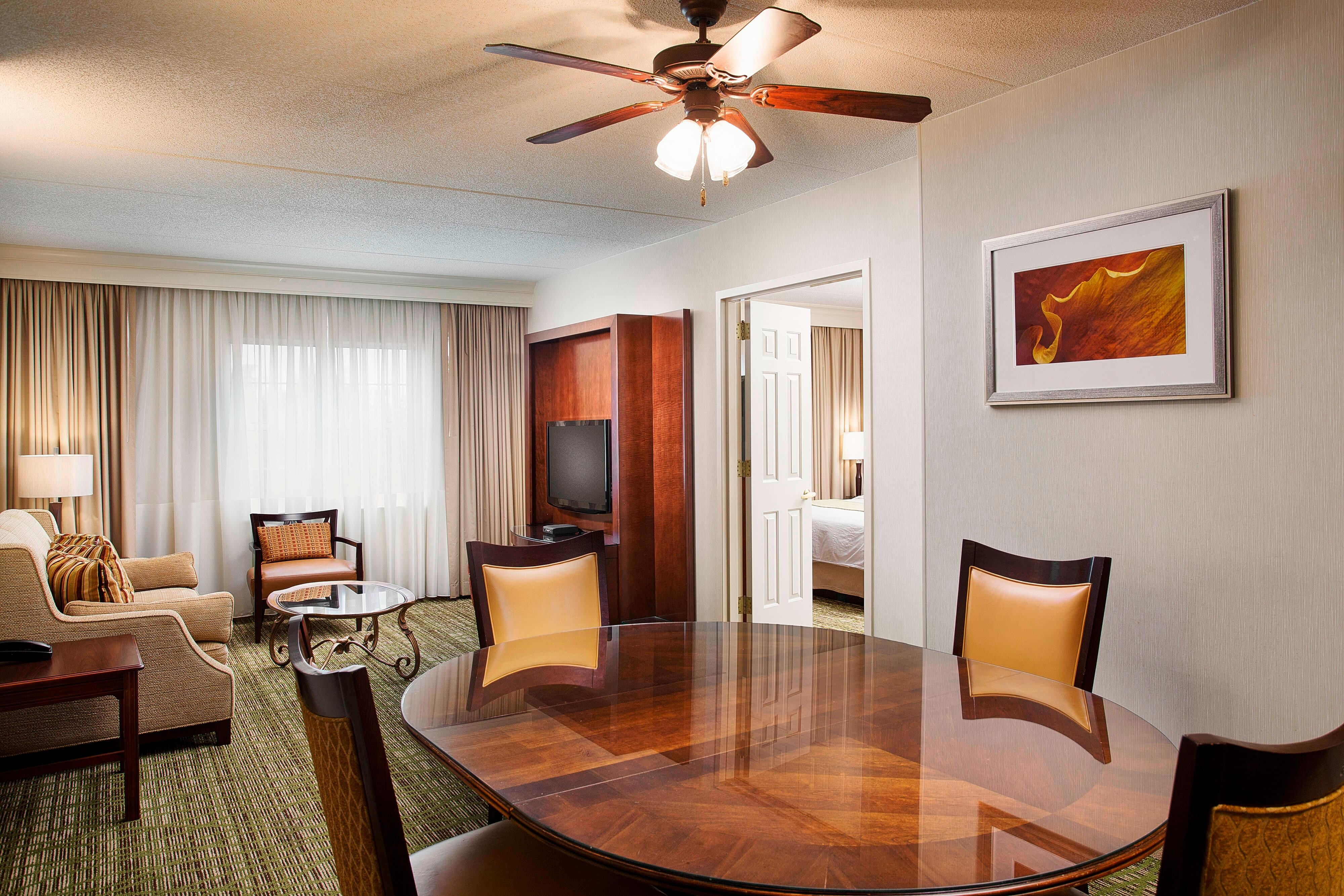 Midway Airport Suite Dining Area