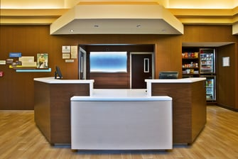 Chicago Midway Hotel Front Desk