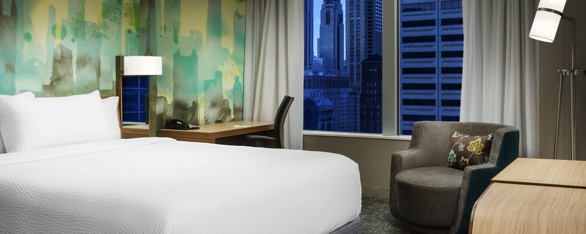 Award Winning Downtown Chicago Magnificent Mile Hotel