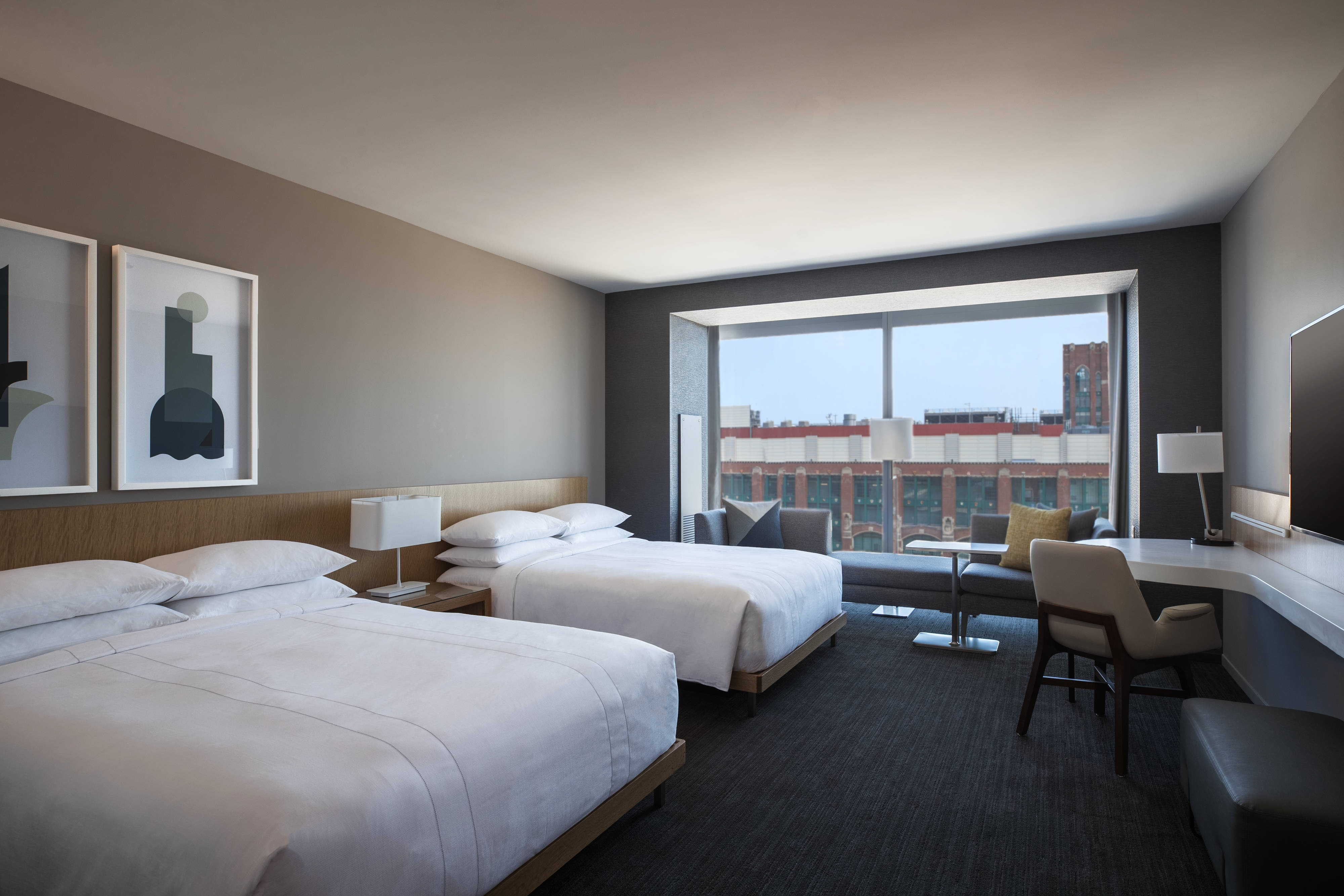 Downtown Chicago Illinois Hotel Rooms Marriott Marquis Chicago