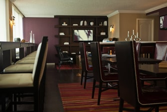 Northbrook Hotel Club Lounge
