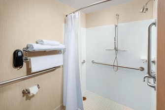 Residence Inn Chicago Downtown River North hotel room accessible roll-in shower