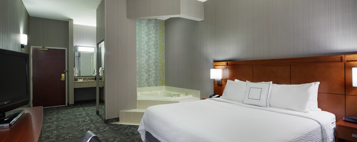 Hotels Near King Spa Chicago