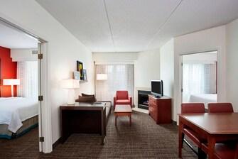 Schaumburg Two-Bedroom Suites