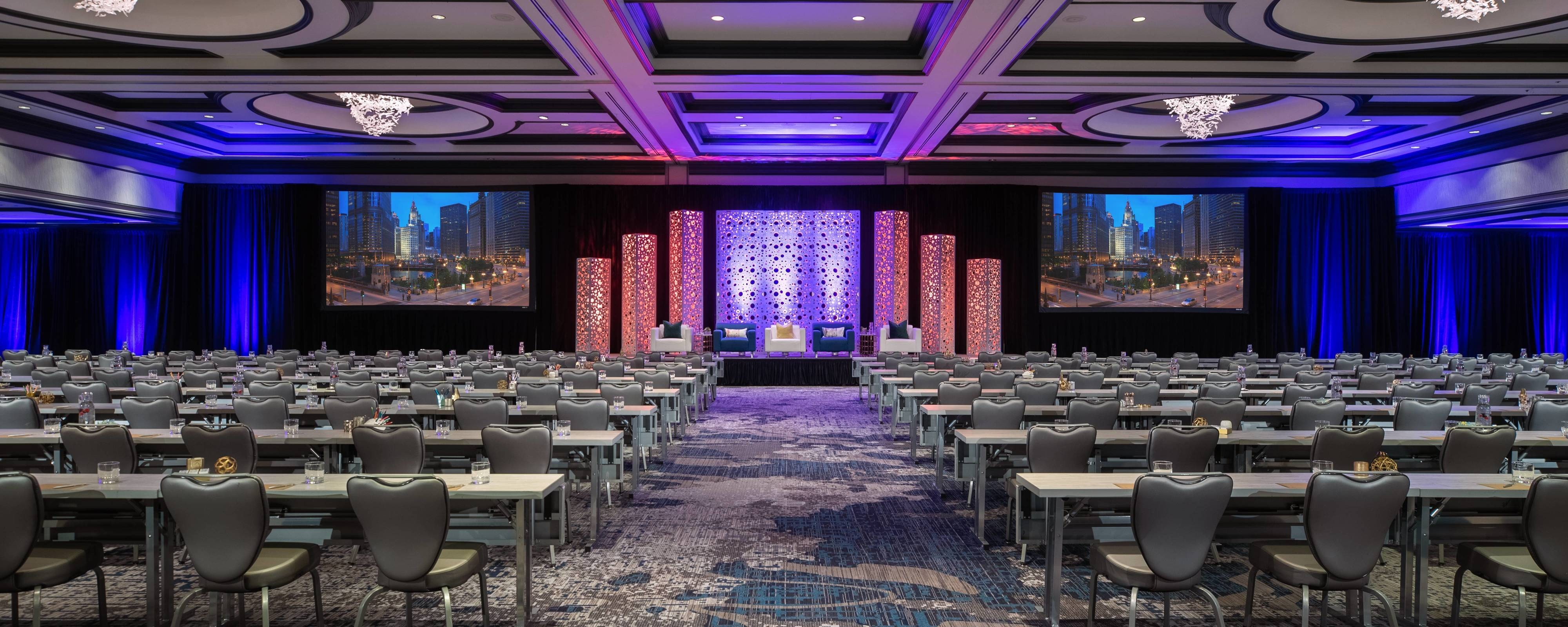 Chicago Hotel with Conference Rooms | Renaissance Chicago