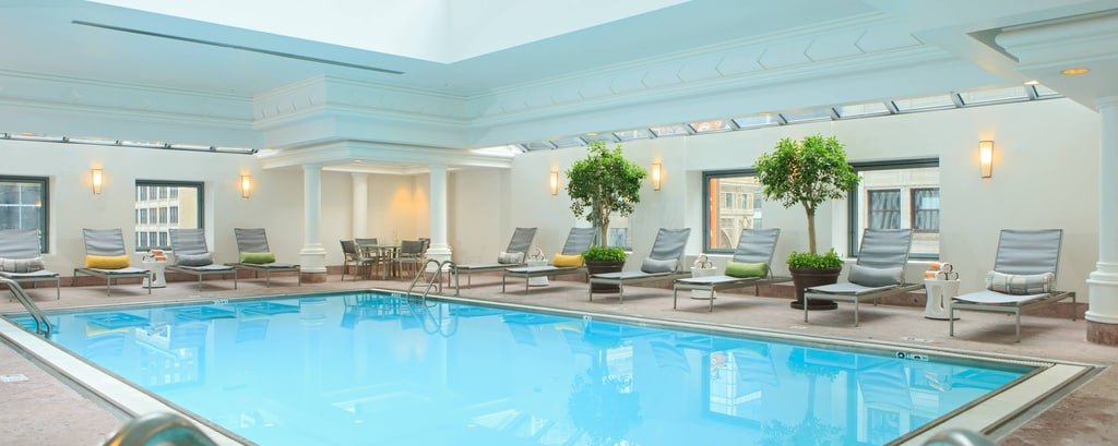 Chicago Hotel with Indoor Pool and Gym | Renaissance