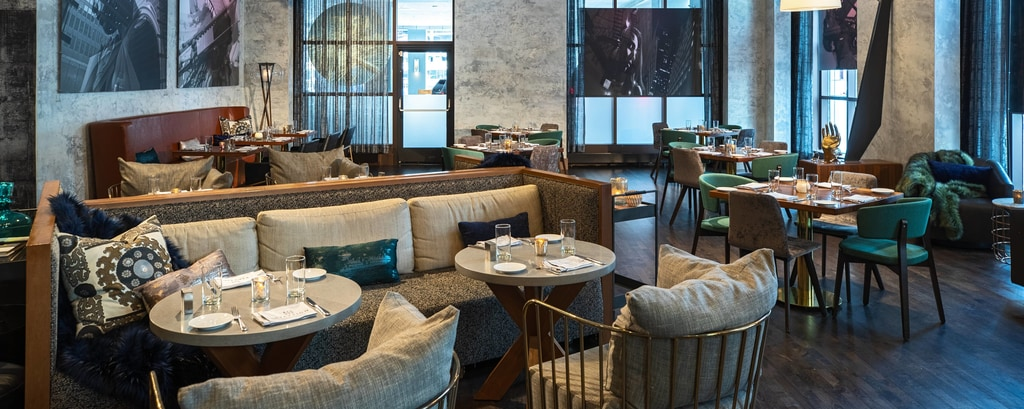 Chicago Rooftop Bars - Theater District | Renaissance Chicago