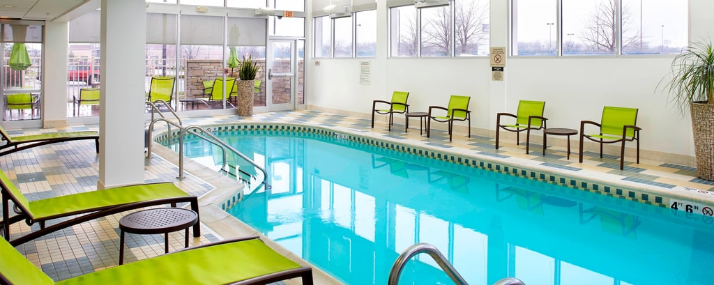 Springhill-Suites-Waukegan-Hotel-Indoor-Pool