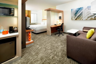 Springhill-Suites-Waukegan-King-Suite