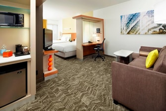 Springhill-Suites-Waukegan-Double-Queen-Suite