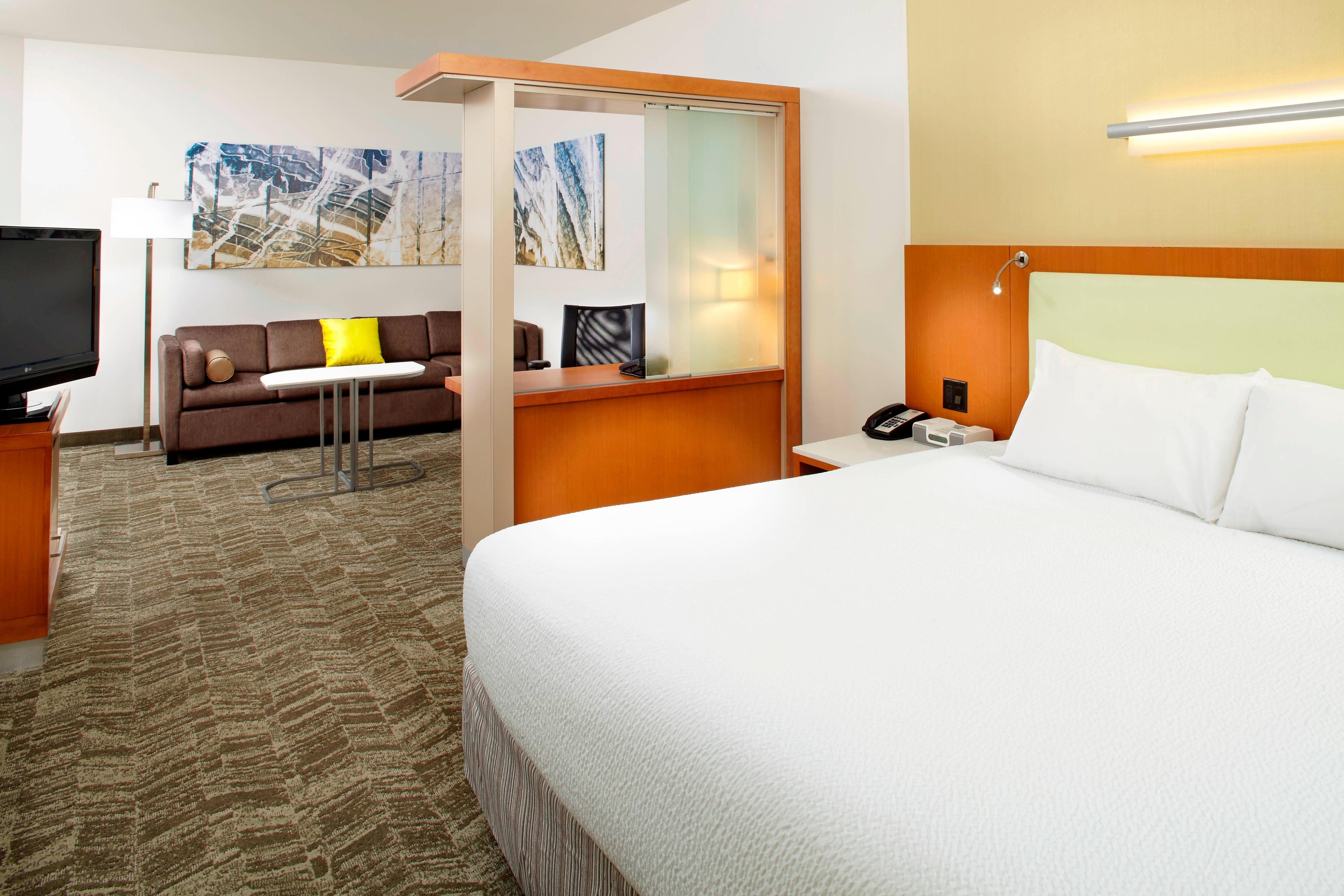 Springhill-Suites-King-Accessible-Guest-Room