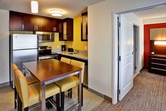 Wilmette Hotel Suites