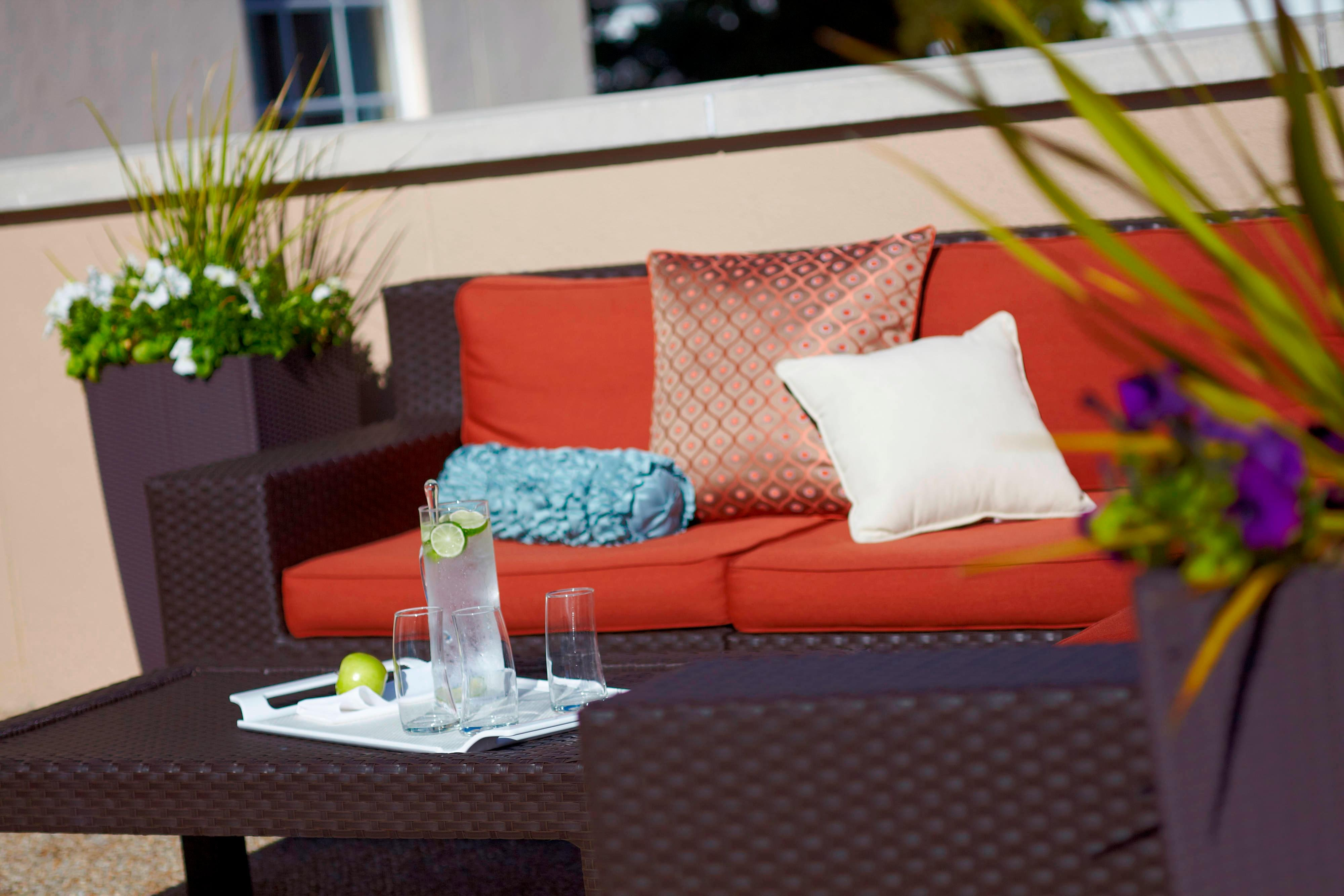 Downtown Charleston hotel patio seating