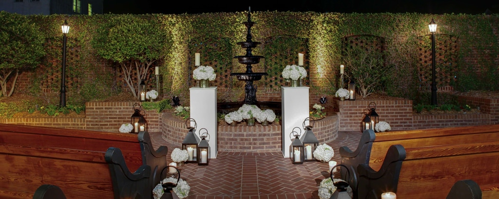 Outdoor wedding receptions charleston sc outdoor charleston charleston garden couryard night junglespirit Images