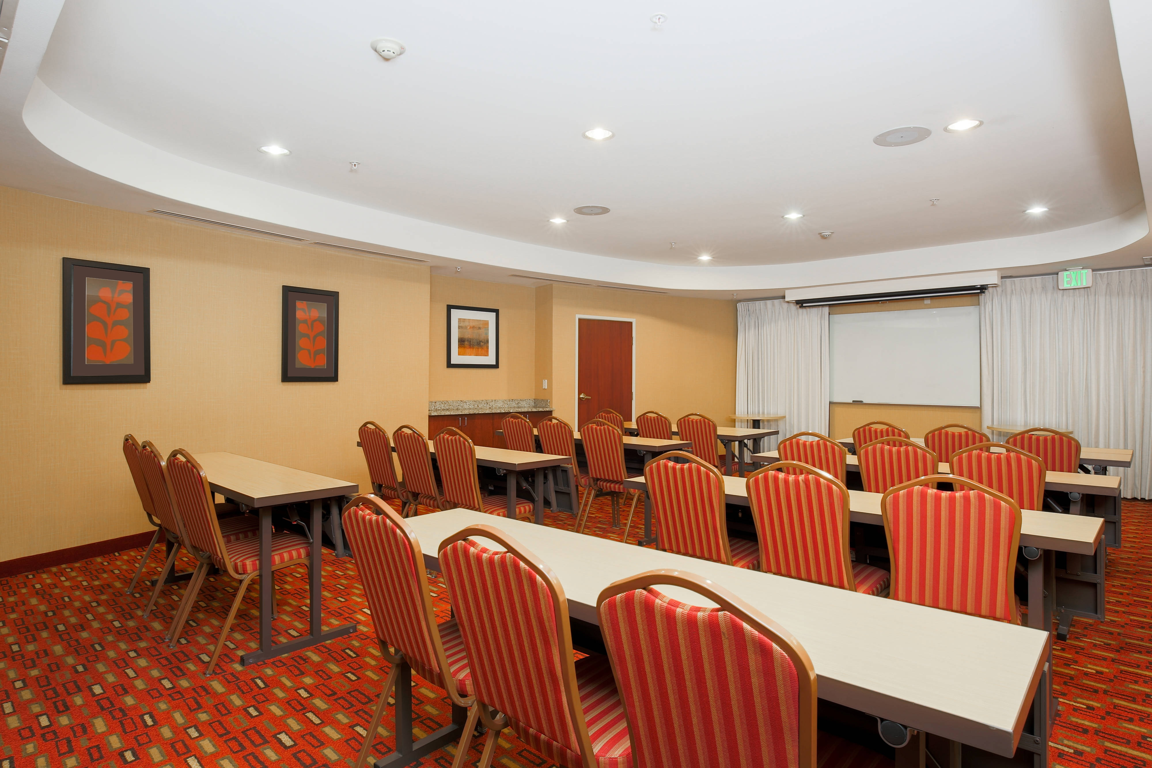 Chico California Hotel Meeting Room