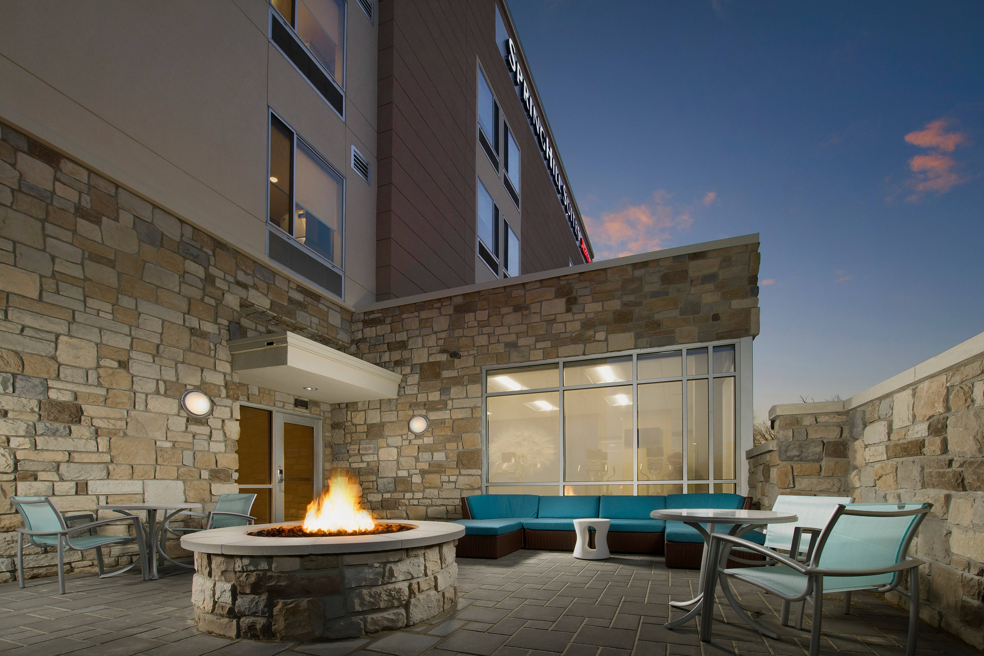 Outdoor Patio SpringHill Suites Bridgeport