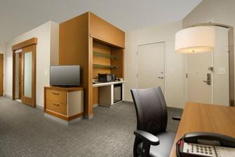 Clarksburg, WV Hotel Accessible Queen/Queen Room