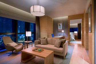 Room - Executive Suite LR