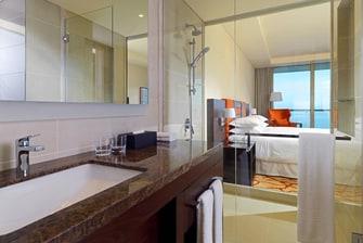 Salle de bain d'une chambre haut de gamme
