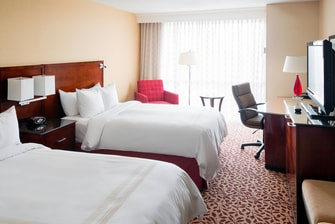 Cleveland Airport Double Guestroom