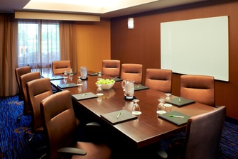 Meeting room Middleburg Heights OH