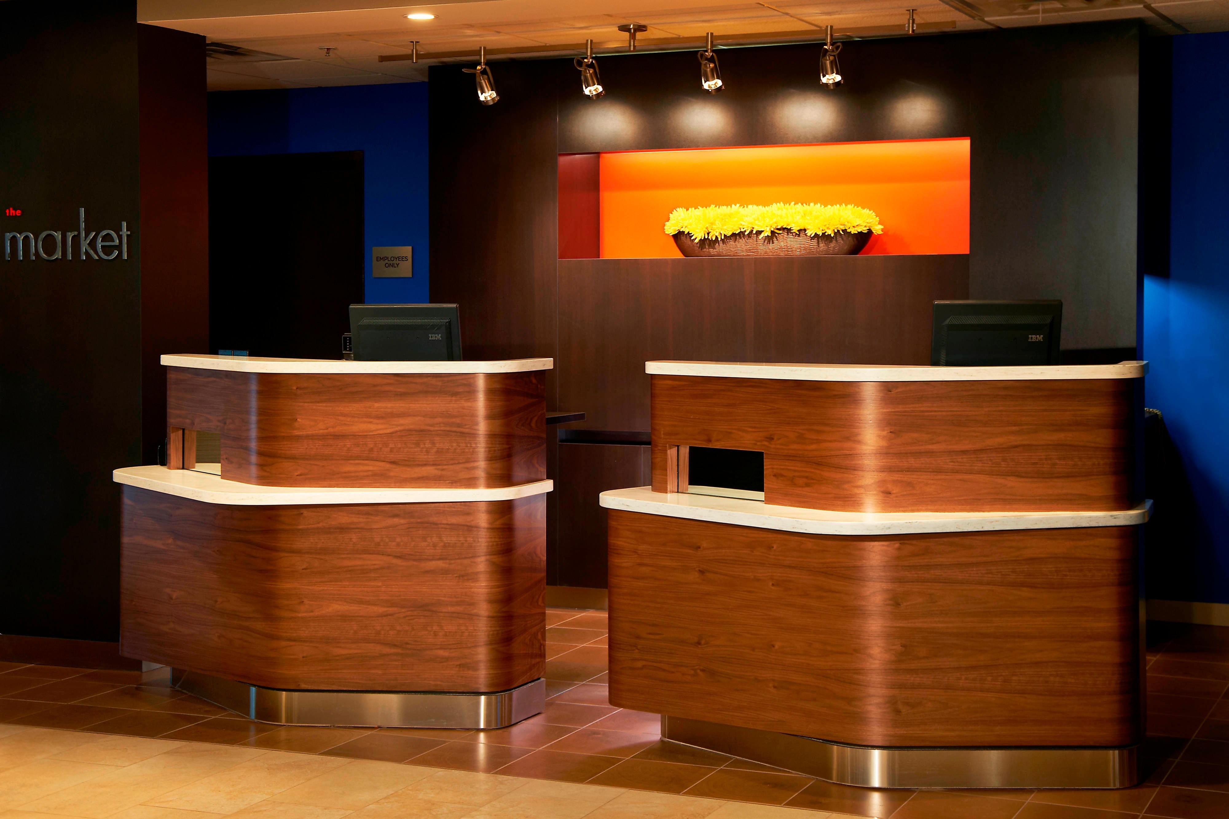 Cleveland Airport hotel front desk
