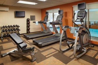 Independence Ohio hotel with fitness center