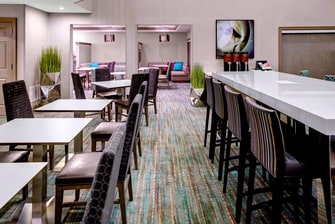 Cleveland Ohio hotels dining