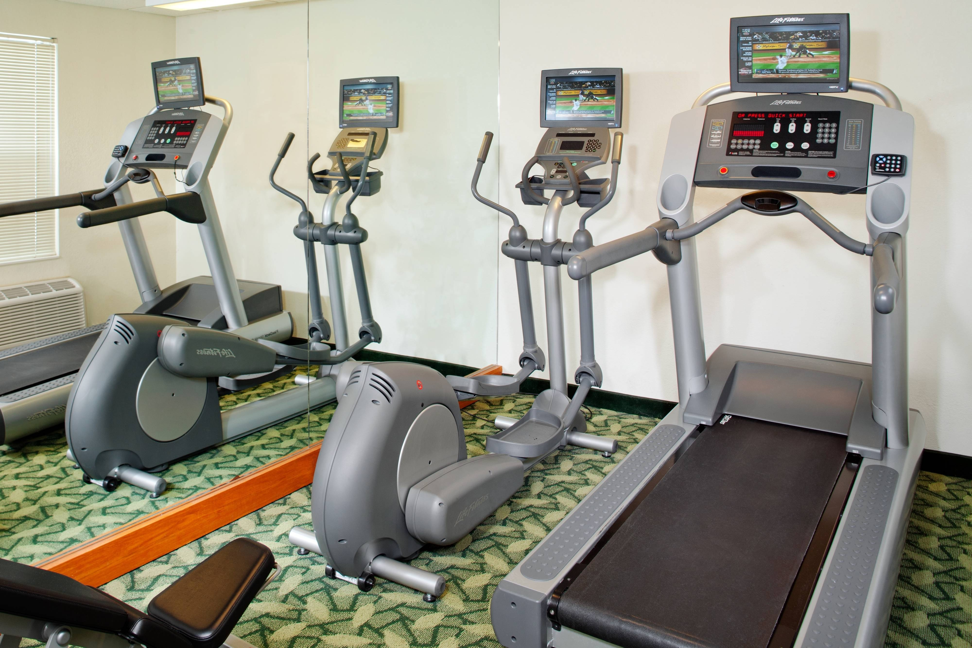 Westlake Ohio hotel with gym