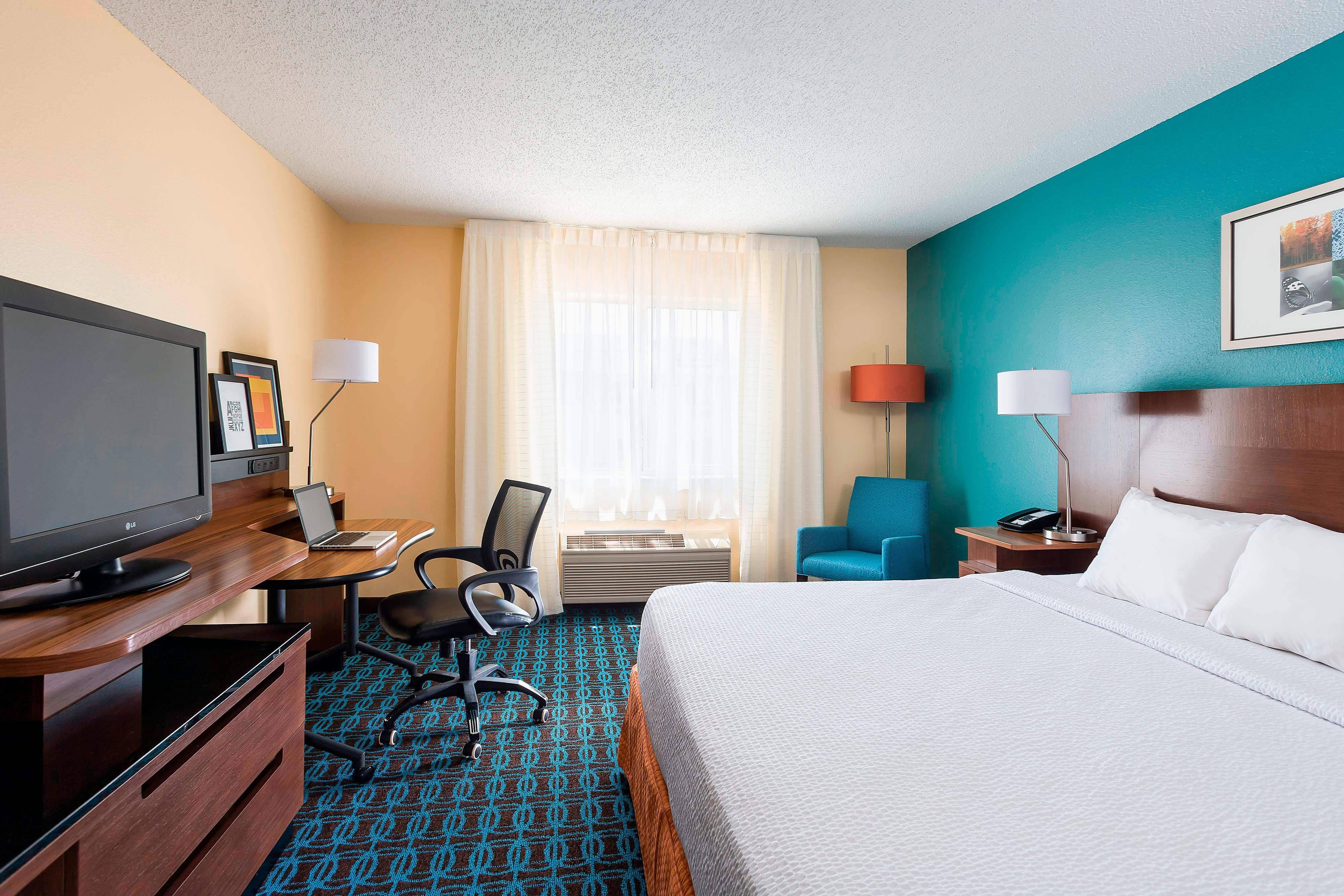 Hotel Rooms near College Station