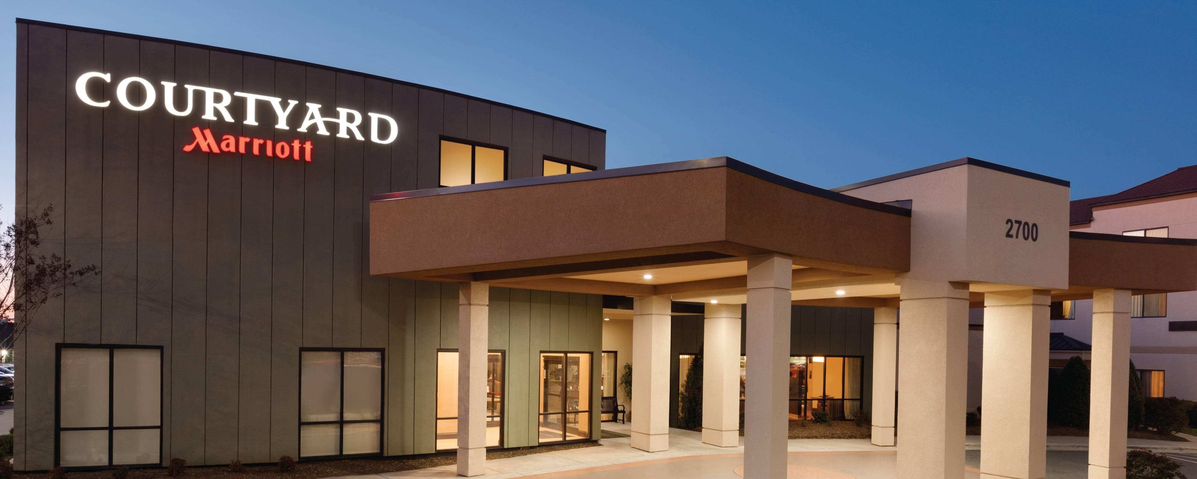 Experience our Newly Renovated Courtyard Charlotte Airport Hotel