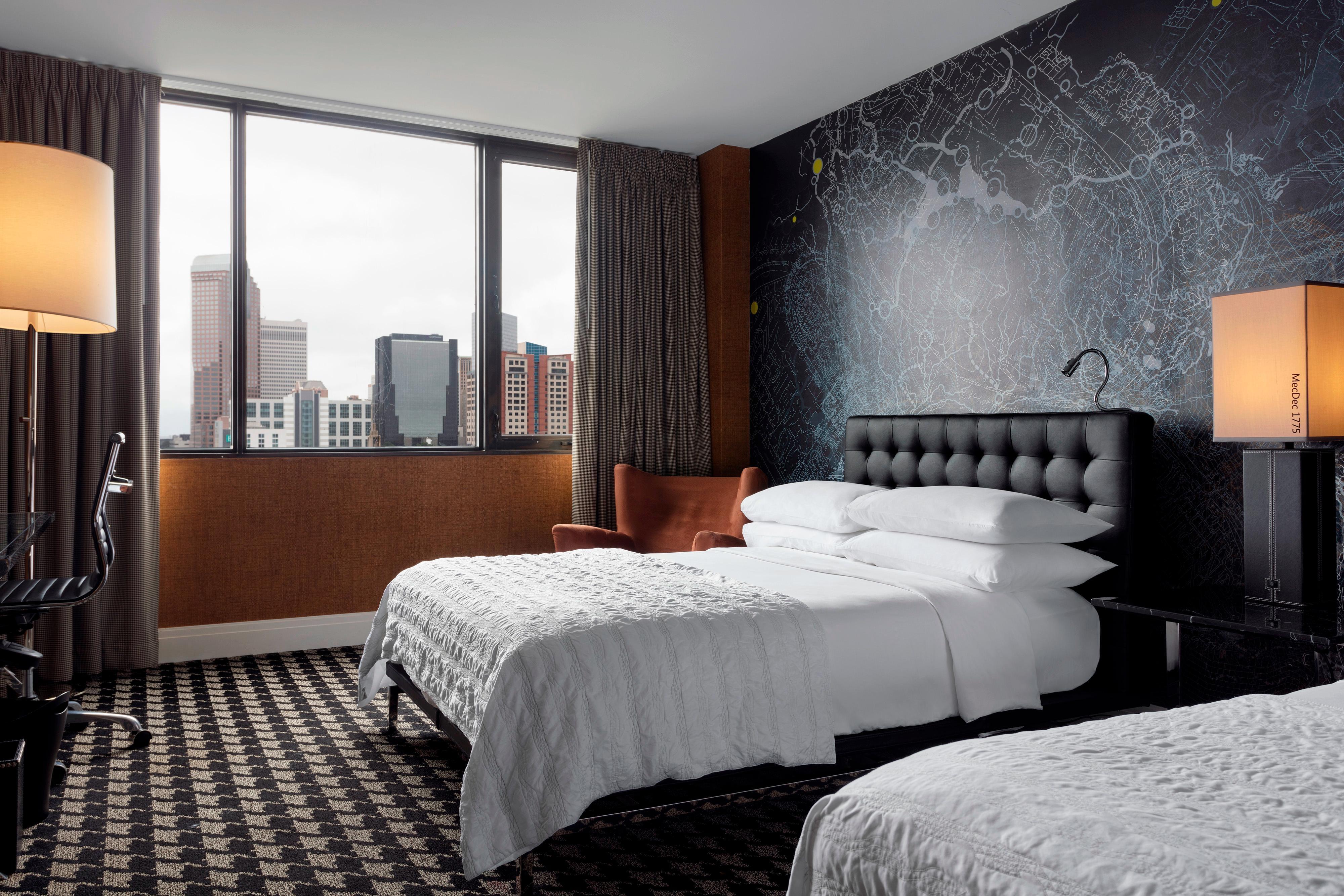 Номер с двумя двуспальными кроватями (Double)– вид на город