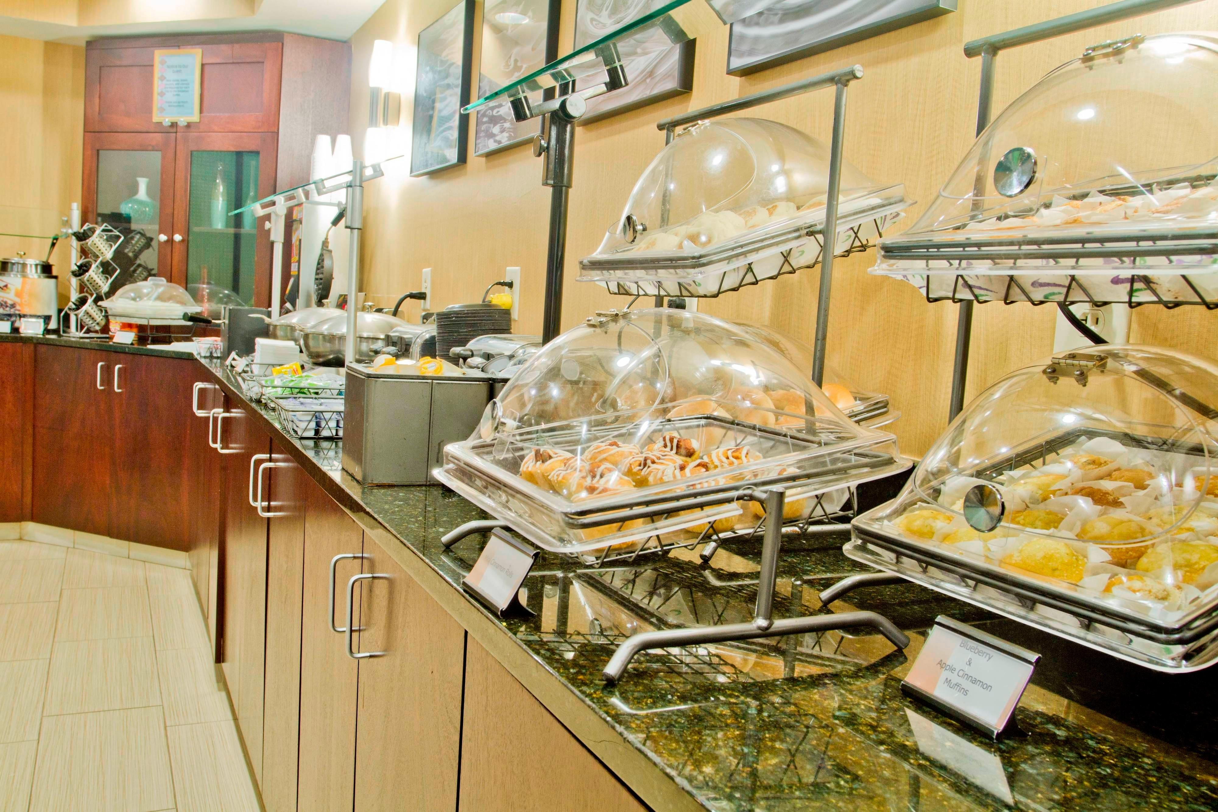SpringHill Suites Charlotte Airport Complimentary Breakfast Buffet