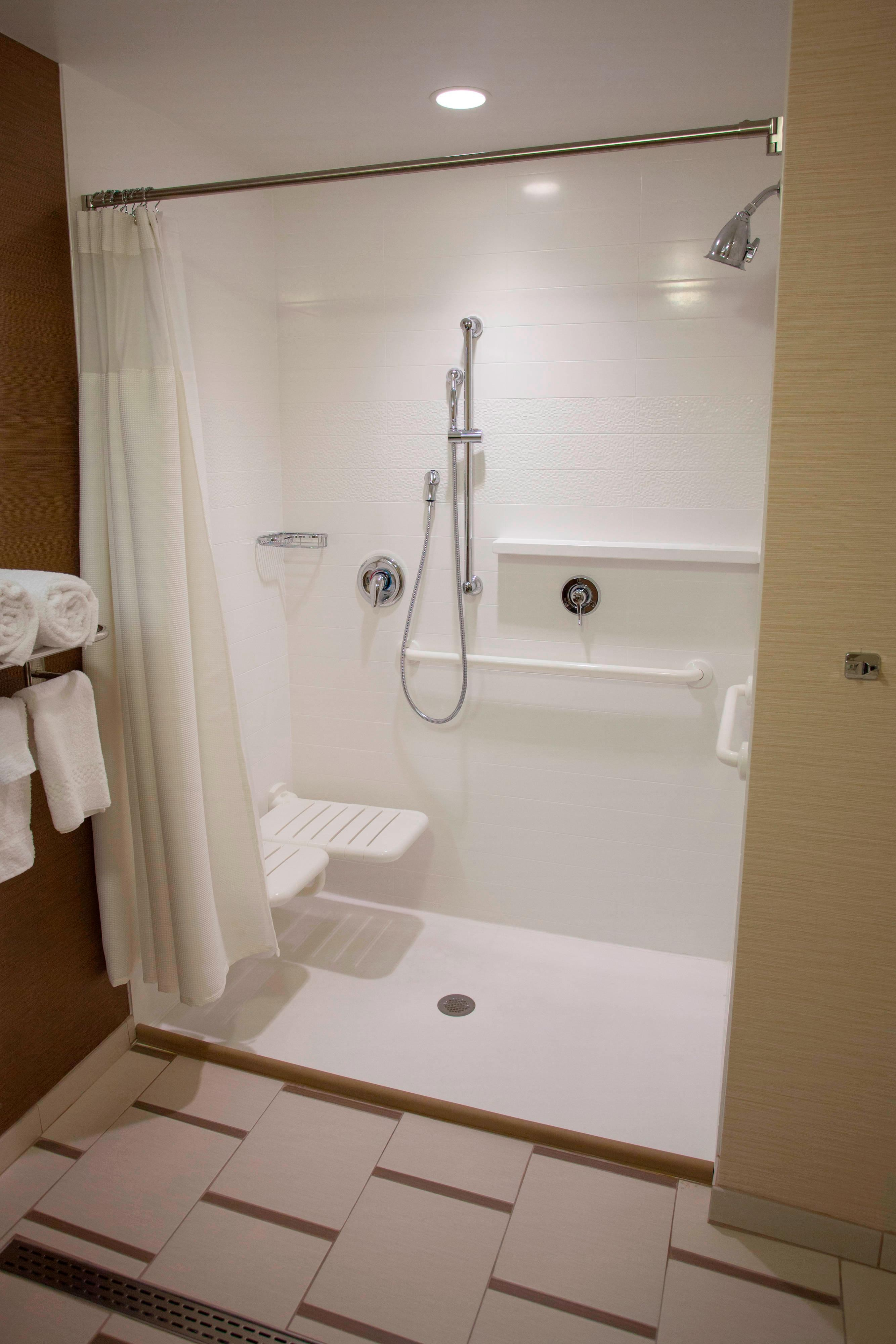 Fairfield Inn Columbus Airport Accessible Bathroom with Roll In Shower