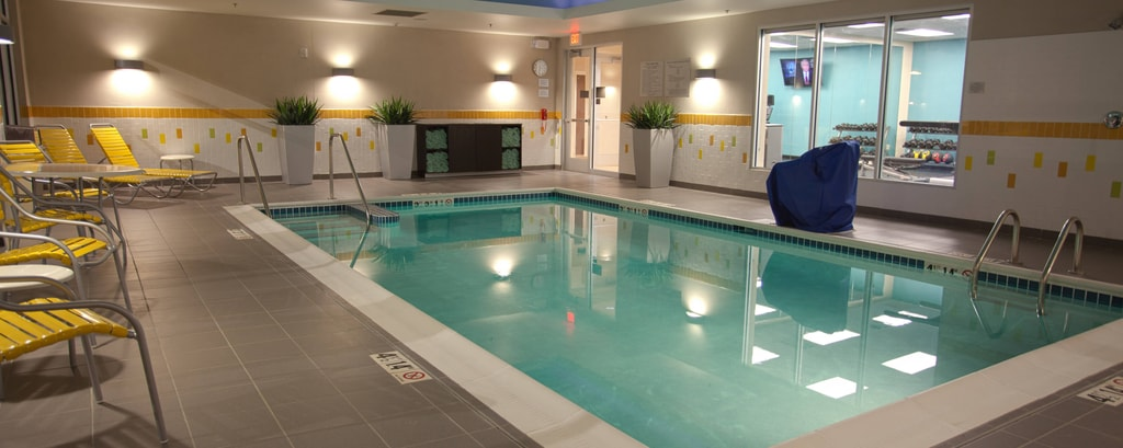 Swimmingpool im Fairfield Inn Columbus Airport