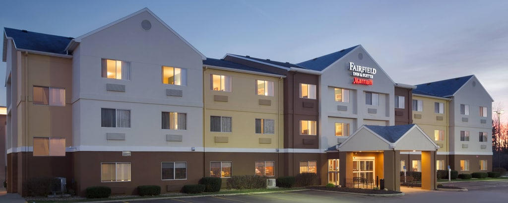 hotels near mid ohio sports car course fairfield inn suites ontario mansfield. Black Bedroom Furniture Sets. Home Design Ideas