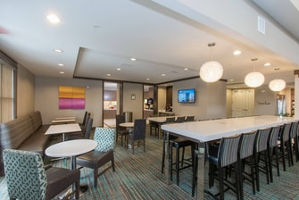 Residence Inn Columbus Polaris Dining Area