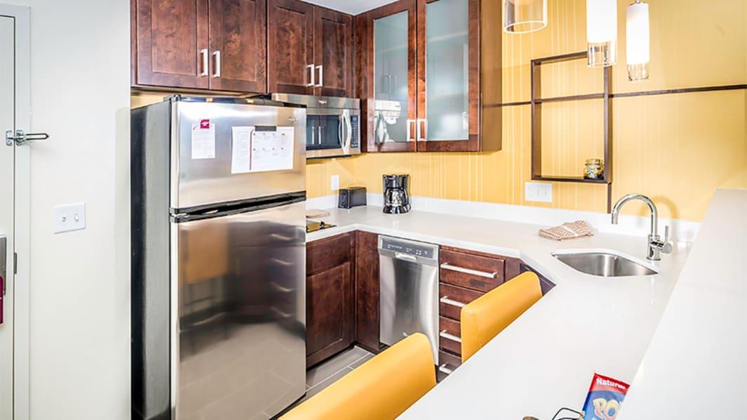 Cocina de la suite Studio King y de un dormitorio