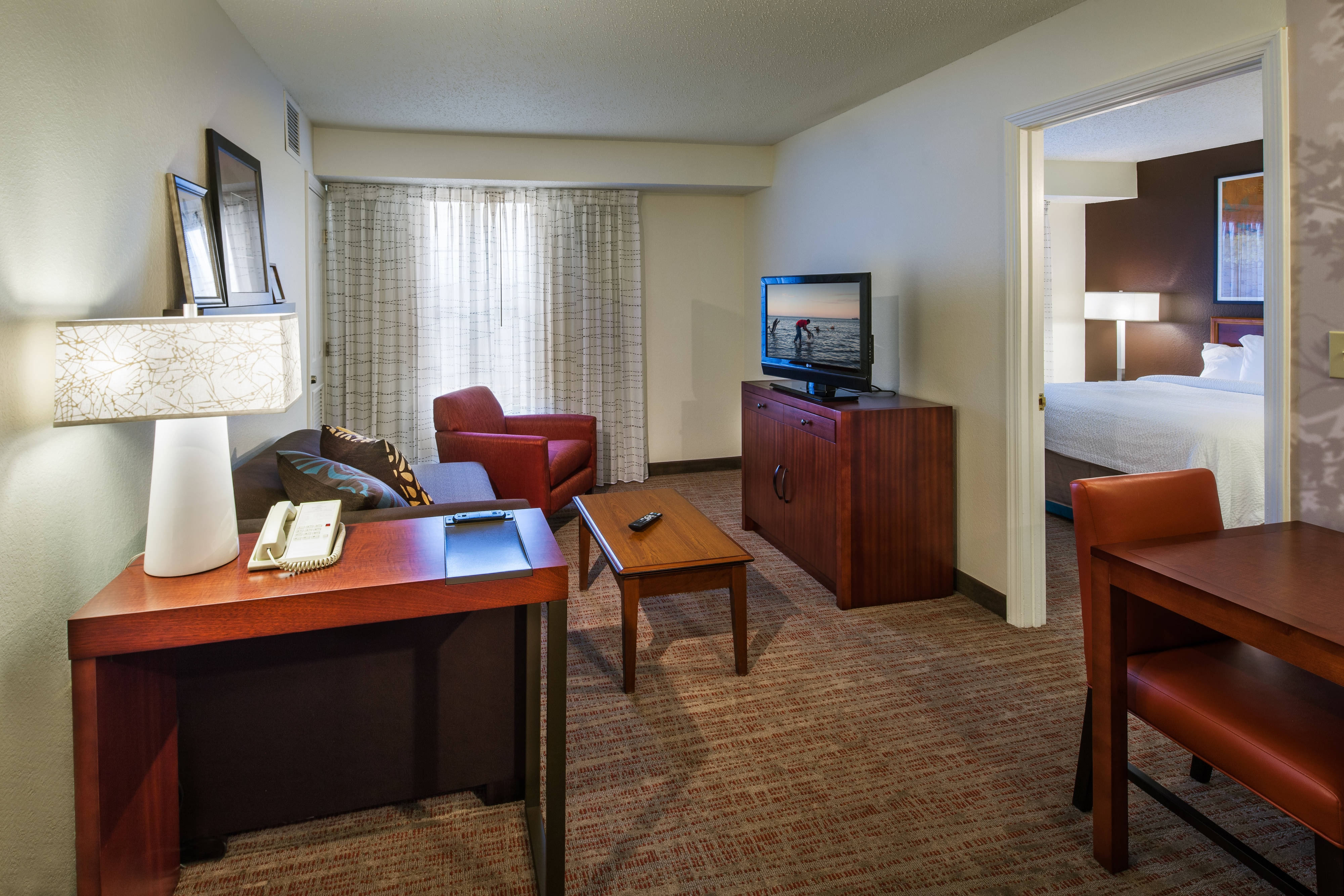 Residence inn columbus easton hotel amenities hotel room highlights for 2 bedroom suites columbus ohio