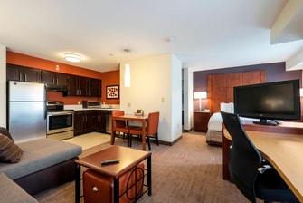 Residence Inn Worthington hotel room