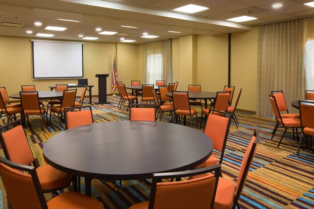 Fairfield Inn & Suites Columbus OSU Meeting Space