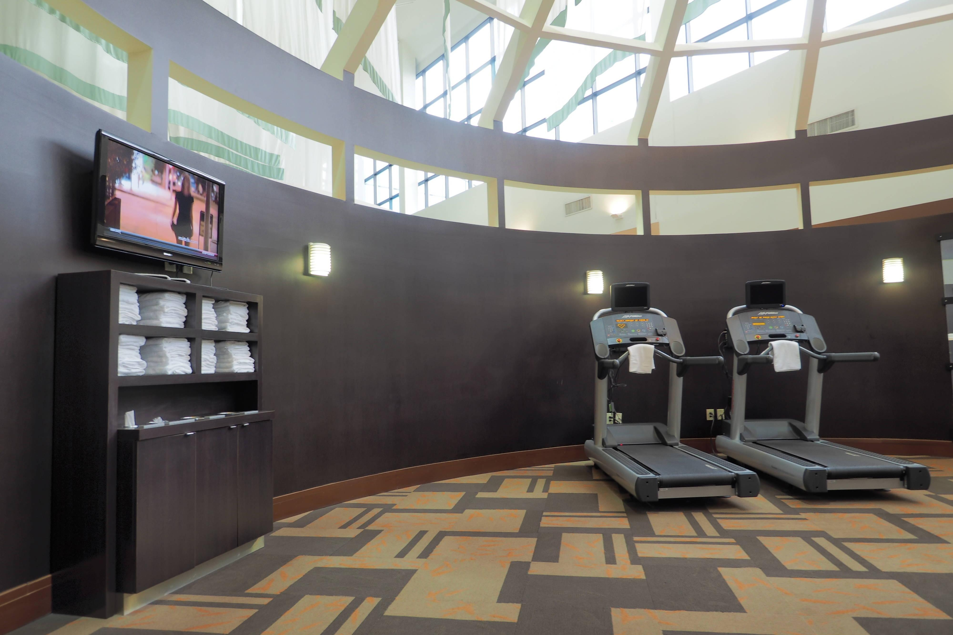 West Columbus hotel fitness center