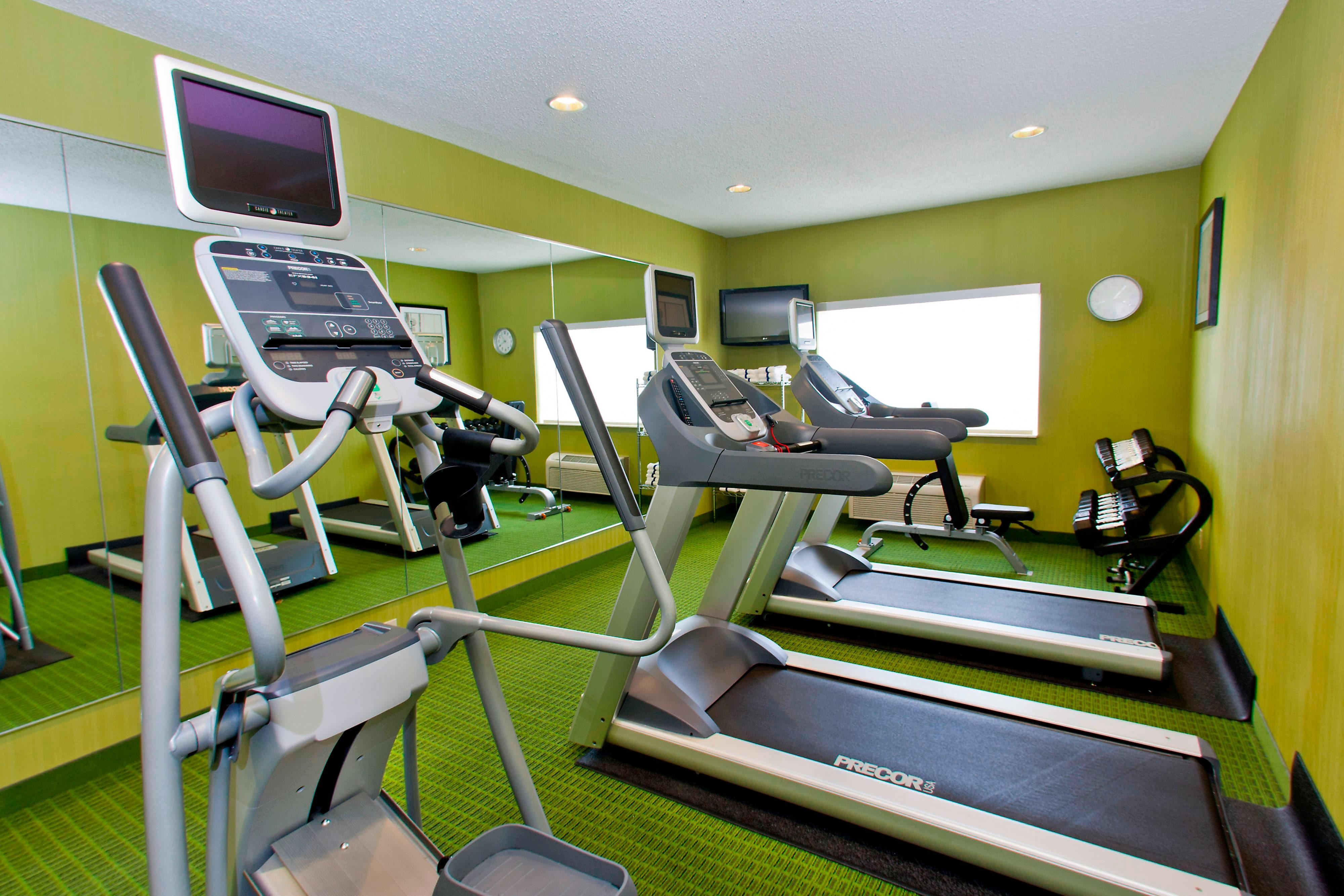 champaign hotel with gym