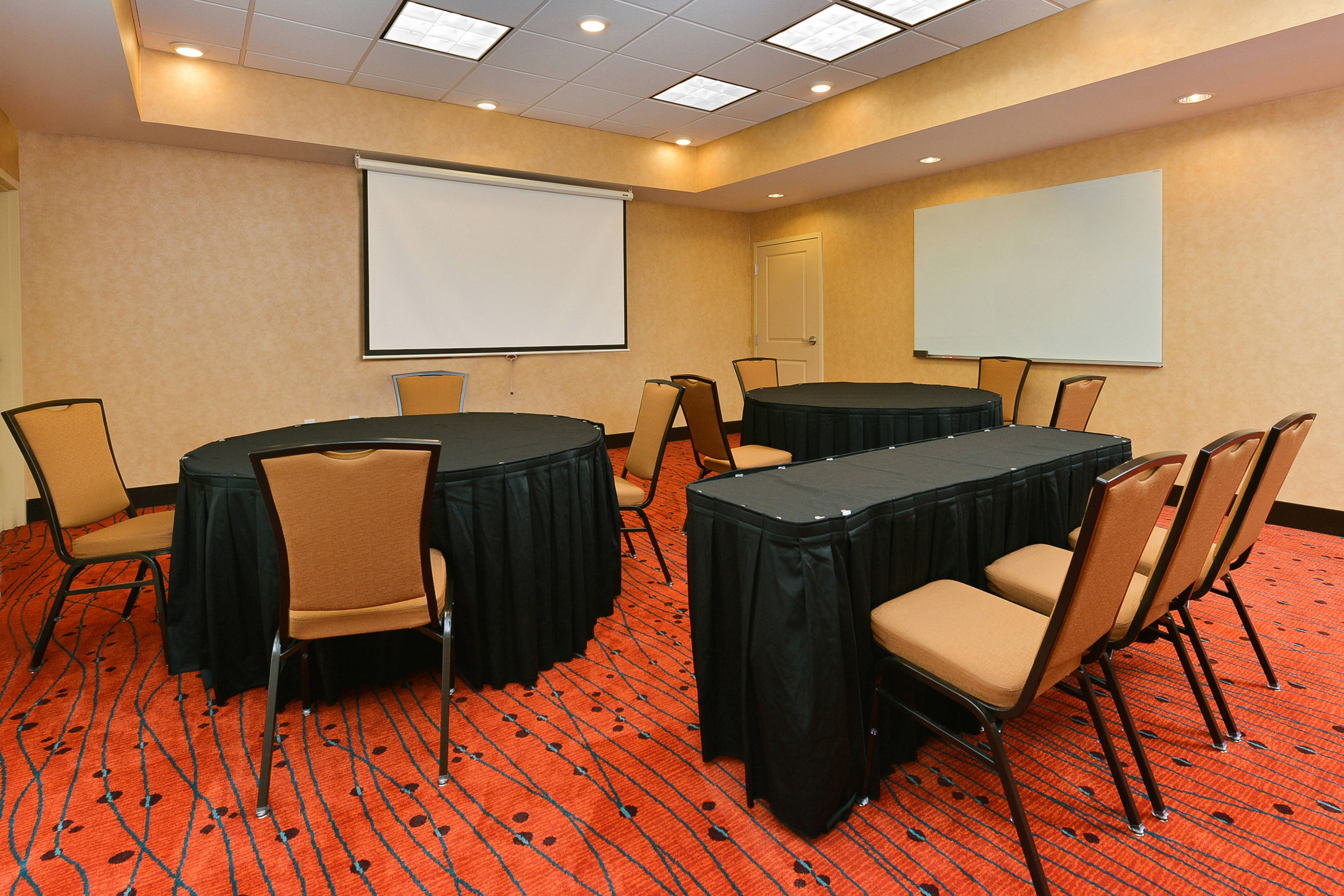 Meeting Room-Rounds